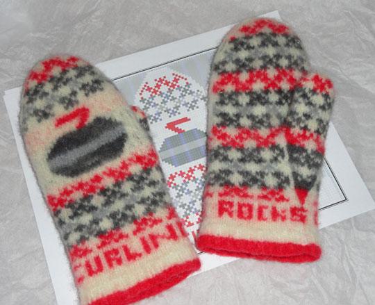 curling.rocks.mittens.pattern.shop