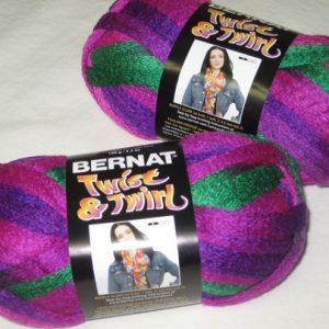 Bernat - Twist & Twirl - Jazzberry