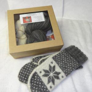 Snowflake Mittens - Kit